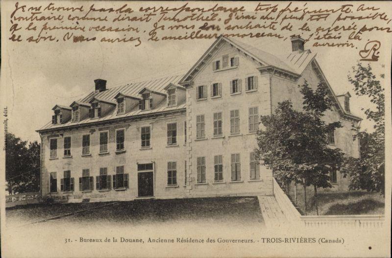 Bureaux de la douane ancienne résidence des gouverneurs trois